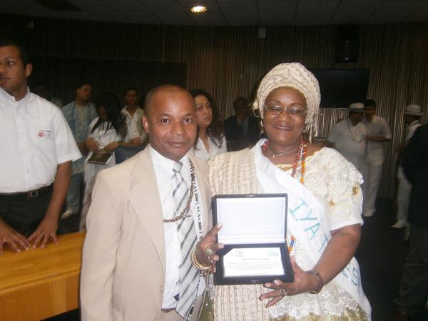 Ìyà Wanda d`Òsún e Taata Kwa Nkisi Katuvanjesi