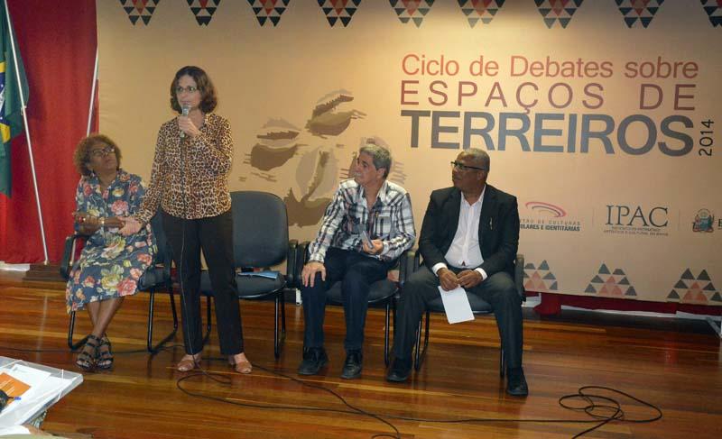 Ciclo de Debates Sobre Espaços de Terreiros 2014 - ft. Lazaro Menezes (19)