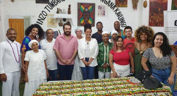Guilherme Boulos diz em terreiro de candomblé que violência racista nunca mais encontrará nosso silêncio